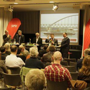 Hafenstadt Düsseldorf - Engagierte Experten auf dem Podium